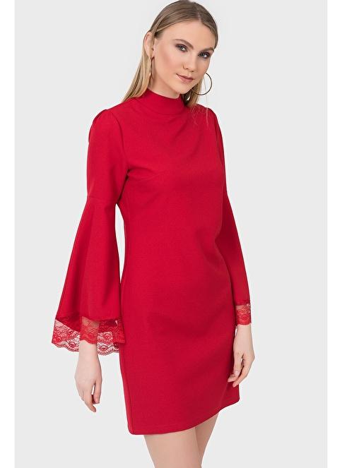 İroni Dik Yaka Dantel Kollu Krep Elbise Kırmızı